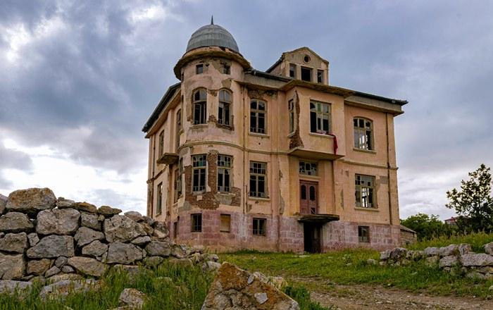 Odzyskanie nieruchomości przejętych na własność Skarbu Państwa dekretem o majątkach opuszczonych i poniemieckich